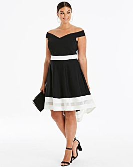 Quiz Curve Dip Back Dress
