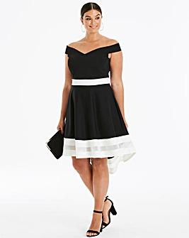 Quiz Curve Dip Back Dress