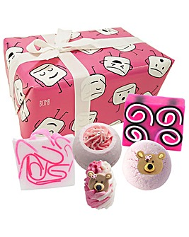 Bomb Cosmetics Mallow Out Bath Bomb Gift Set