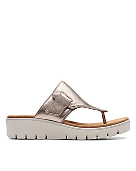 Clarks Un Karely Sea D Fitting