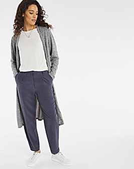 Relaxed Peg Tapered Leg Trousers