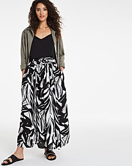Mono Print Belted Full Midaxi Skirt
