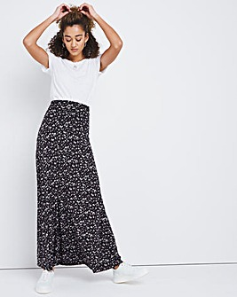 Tear Drop Stretch Maxi Skirt