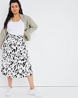 Animal Print Tie Waist Skirt