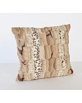 cascade home jackal faux fur cushion