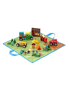 Hey Duggee Play Set with Wooden Vehicles and figures and Fold Up Storage Box