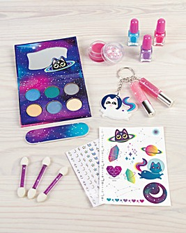Make It Real Girl-on-the Go COSMIC Cosmetic Makeup Set