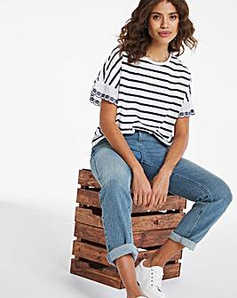 Stripe / Broderie Ruffle Sleeve T-shirt