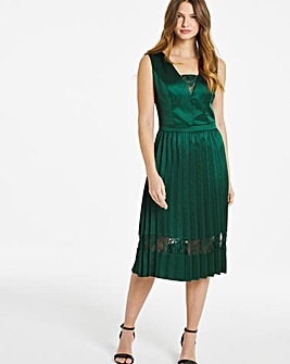 Chi Chi London Pleated Midi Dress