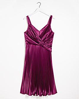 Chi Chi London Wine Burdgundy Candace Dress