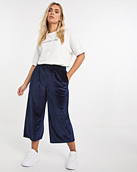 Navy Velour Cropped Trousers