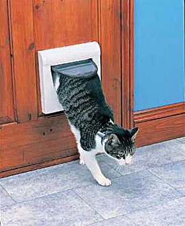 Medium 4-Way Locking PetDoor with Tunnel