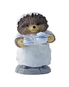 Beatrix Potter Mrs Tiggywinkle Pouring