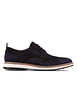 Clarks Chantry Wing Standard Fitting