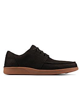 Clarks Oakland Walk Standard Fitting Shoes