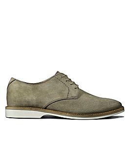 Clarks Atticus Lace Standard Fitting Shoes