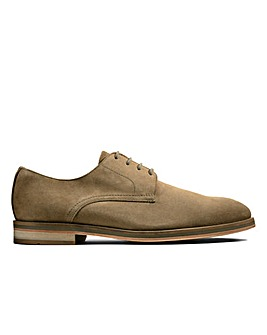 Clarks Oliver Lace Standard Fitting