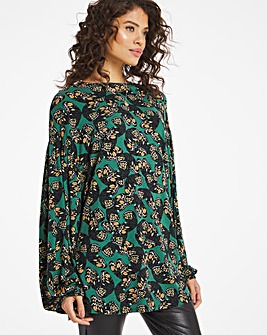 Butterfly Print Volume Sleeve Top