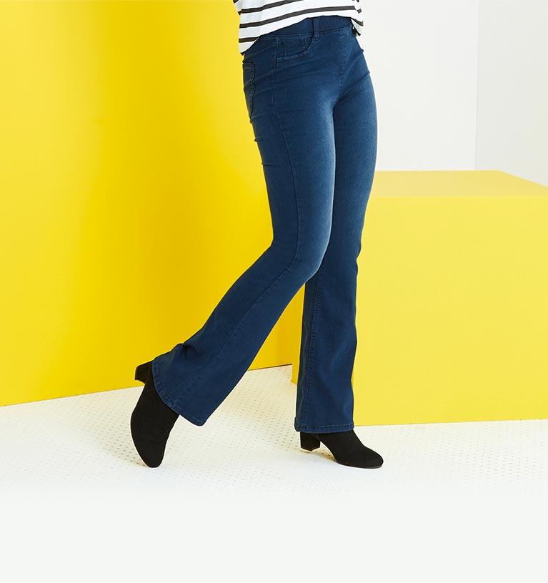 Plus Size Clothing: Online, Catalogue & Credit | Fashion World