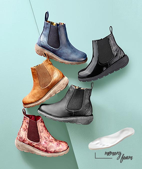 Comfort boots with memory foam