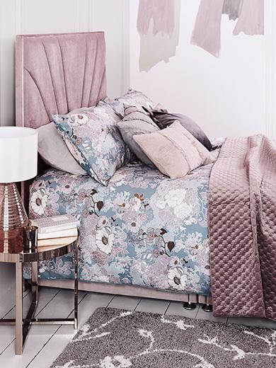 Modern Boudoir Bedroom set