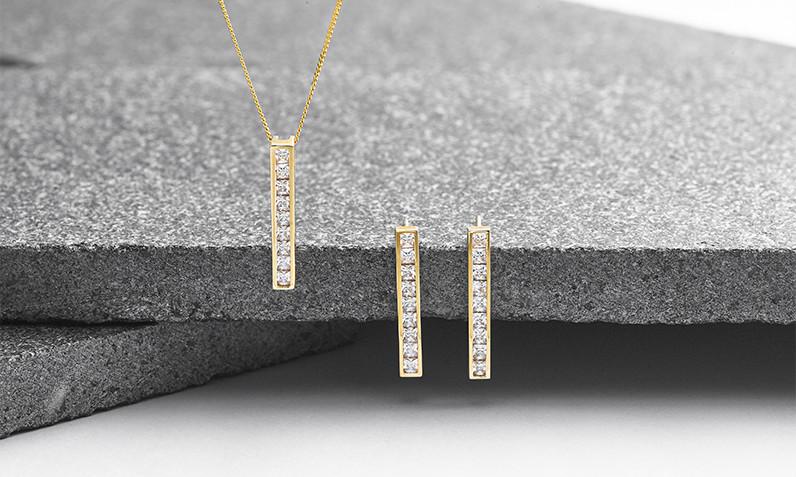 shop necklaces and pendants