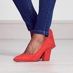 Everyday skinny jeans hem