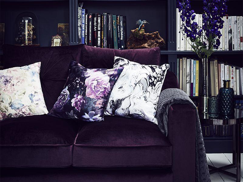 dark-wonder living room